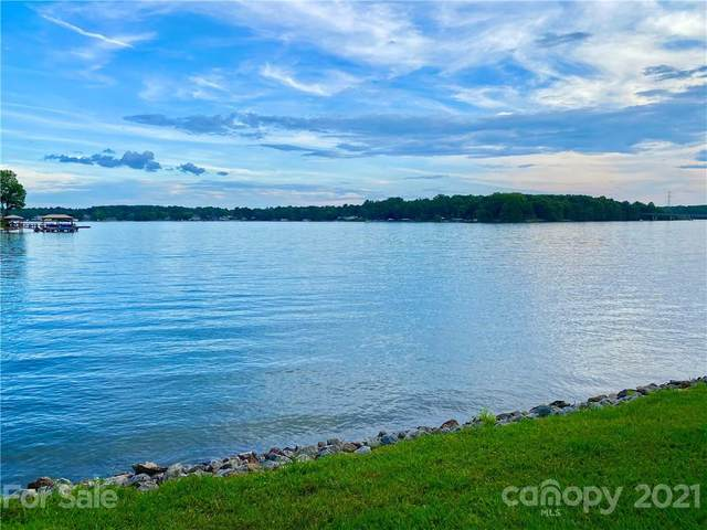 8111 Bridge View Cove, Sherrills Ford, NC 28673 (#3749213) :: Homes Charlotte