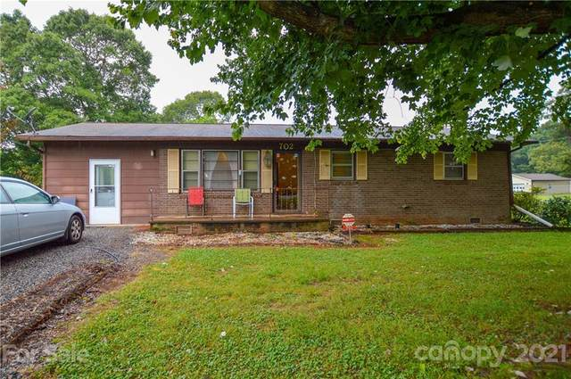 702 Chal Drive, Statesville, NC 28677 (#3749477) :: MartinGroup Properties