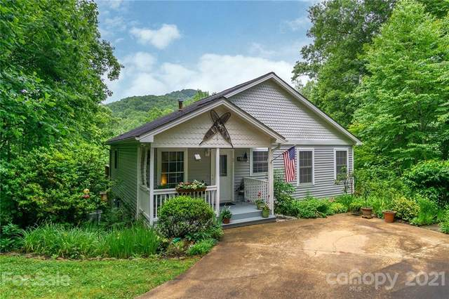 31 Cumbres Drive, Candler, NC 28715 (#3750132) :: Homes with Keeley | RE/MAX Executive