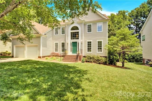 900 Sunnyview Circle, Matthews, NC 28105 (#3750202) :: Odell Realty