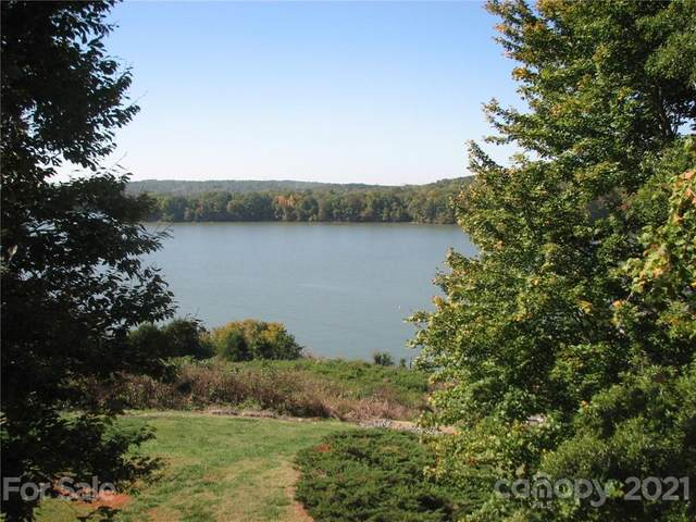 9701 Emerald Point Drive 6/F, Charlotte, NC 28278 (#3751035) :: Carlyle Properties