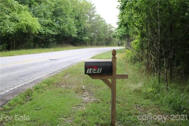 1641 Highway 414 Highway, Travelers Rest, SC 29690 (#3751118) :: Odell Realty