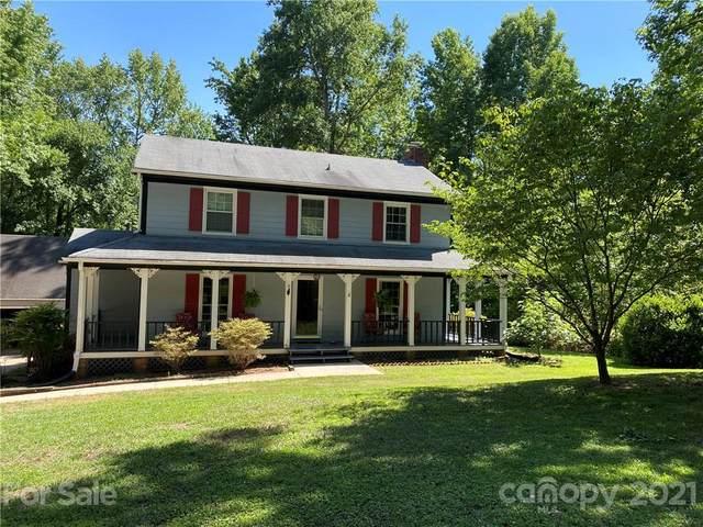 14100 Creekside Drive, Matthews, NC 28105 (#3751509) :: BluAxis Realty