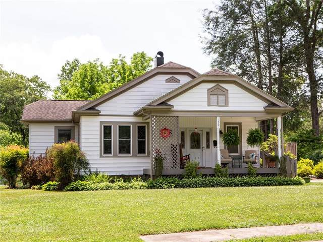 154 Franklin Street, Brevard, NC 28712 (#3751934) :: BluAxis Realty