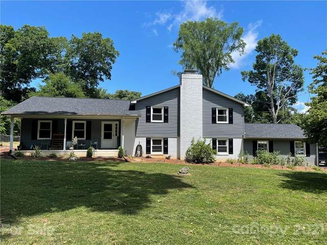 6708 Rollingwood Drive, Clemmons, NC 27012 (MLS #3751952) :: RE/MAX Journey