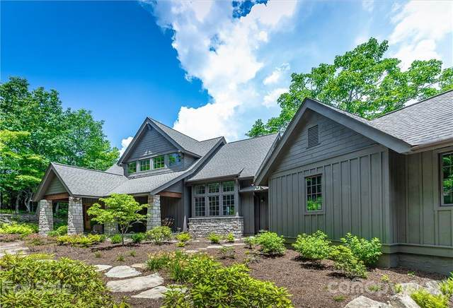 540 Toxaway Drive, Lake Toxaway, NC 28747 (#3751967) :: BluAxis Realty