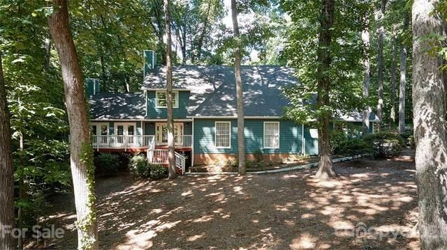 4 Hickory Ridge Court, Lake Wylie, SC 29710 (#3751976) :: NC Mountain Brokers, LLC