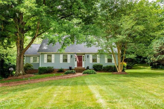 411 32nd Avenue Drive NW, Hickory, NC 28601 (#3752015) :: Bigach2Follow with Keller Williams Realty