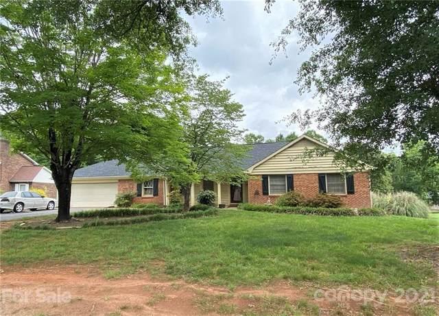 5450 Suttlemyre Lane, Hickory, NC 28601 (#3752232) :: NC Mountain Brokers, LLC