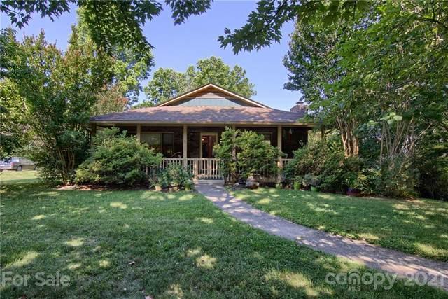 37 Pine Spring Drive, Asheville, NC 28805 (#3752522) :: Scarlett Property Group