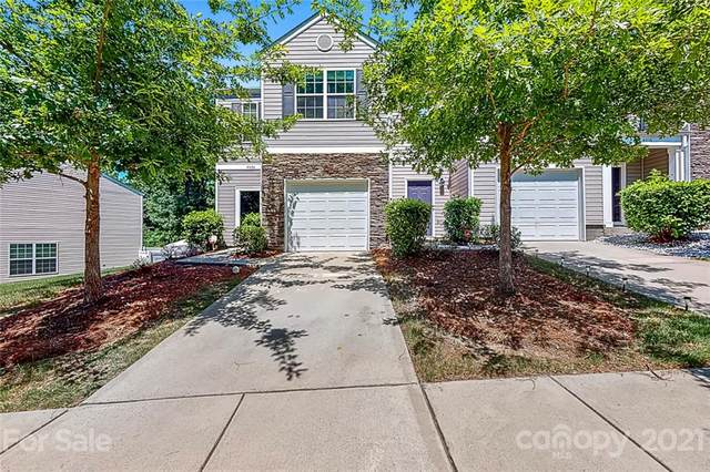 4024 Queensbridge Road, Charlotte, NC 28213 (#3752538) :: Homes Charlotte