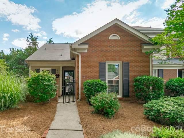 9123 Vicksburg Park Court, Charlotte, NC 28210 (#3752734) :: Besecker Homes Team