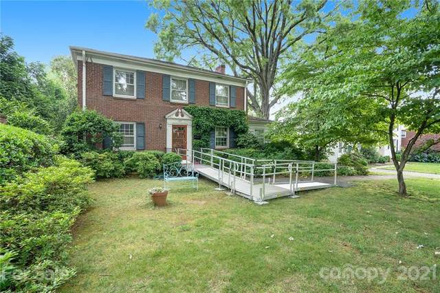 137 Huntley Place, Charlotte, NC 28207 (#3752892) :: Caulder Realty and Land Co.