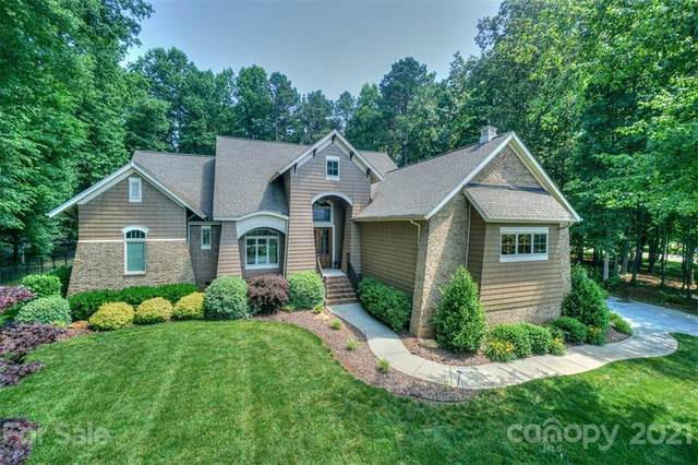 188 Riverwood Road, Mooresville, NC 28117 (#3752930) :: Caulder Realty and Land Co.