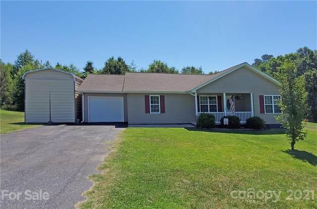 137 Whisper Pine Road, Statesville, NC 28625 (#3753049) :: Johnson Property Group - Keller Williams