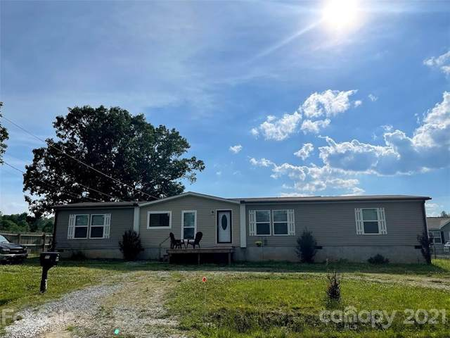 577 Etowah School Road, Hendersonville, NC 28739 (#3753081) :: Caulder Realty and Land Co.