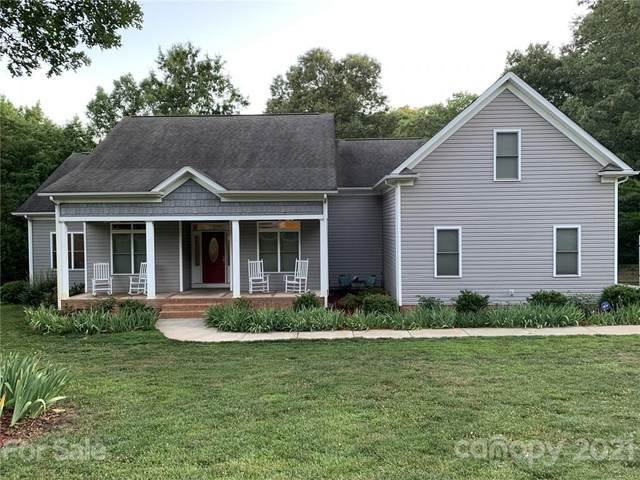 733 Flamingo Road, Clover, SC 29710 (#3753249) :: Lake Wylie Realty