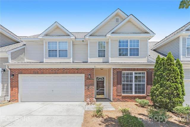 10906 Stone Trail Road, Charlotte, NC 28213 (#3753335) :: Lake Norman Property Advisors