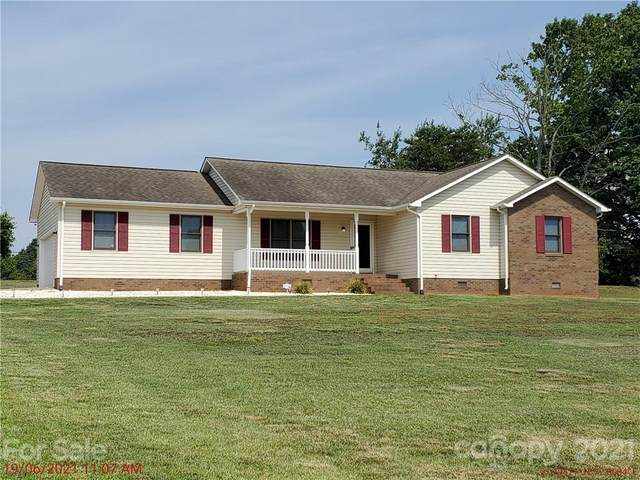 137 Rumple Hill Drive, Statesville, NC 28677 (#3753341) :: MartinGroup Properties