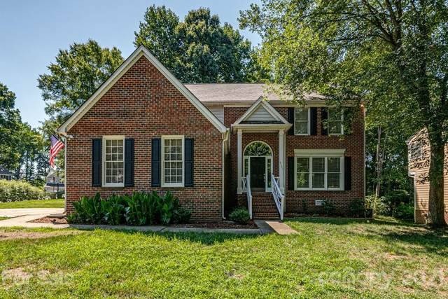 4101 Brownes Ferry Road, Charlotte, NC 28269 (#3753634) :: Home and Key Realty