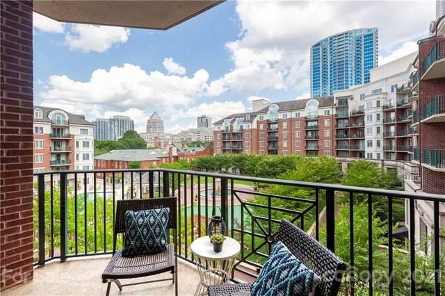 300 W 5th Street #434, Charlotte, NC 28202 (#3754042) :: MartinGroup Properties