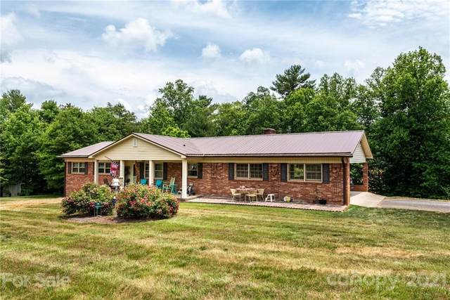 6205 Claude Brittain Road, Hickory, NC 28602 (#3754048) :: The Mitchell Team