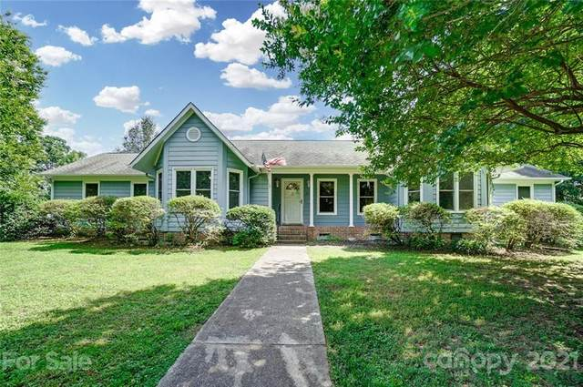 912 Woodland Forest Drive, Waxhaw, NC 28173 (#3754088) :: DK Professionals