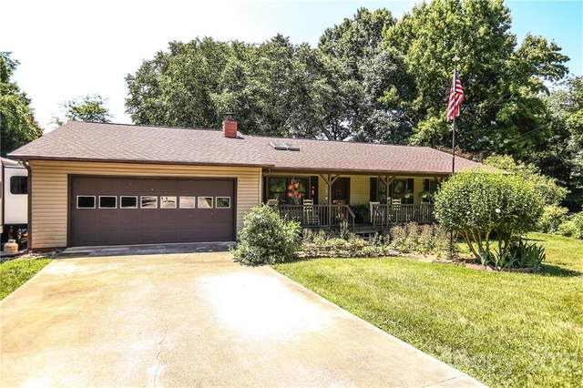 5154 Driftwood Drive, Davidson, NC 28036 (#3754155) :: Keller Williams South Park