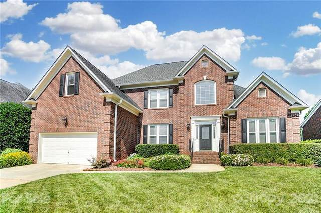 15909 Northstone Drive, Huntersville, NC 28078 (#3754414) :: Home and Key Realty