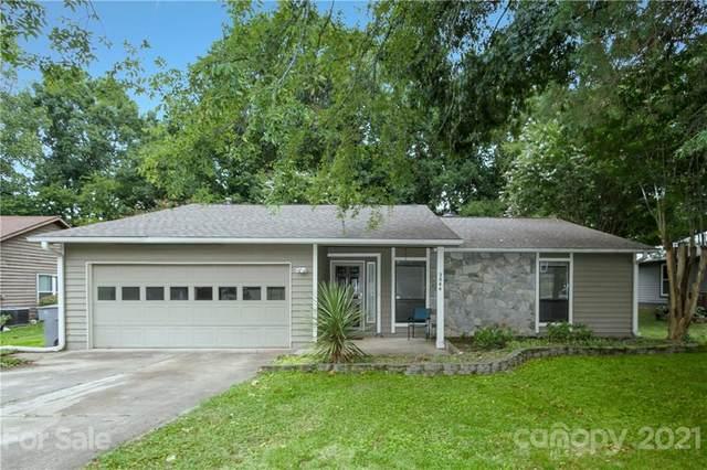 3844 Sweetgrass Lane, Charlotte, NC 28226 (#3754824) :: Briggs American Homes