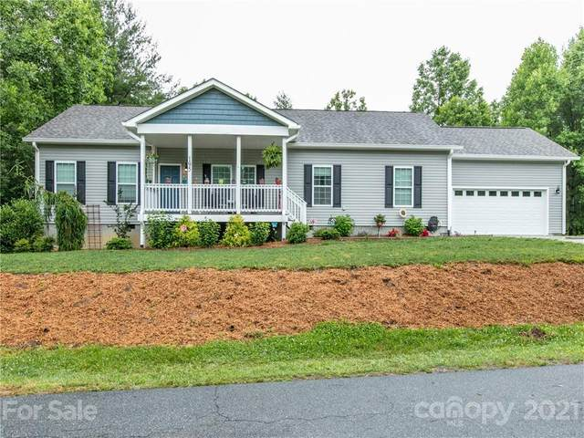 195 Northwoods Trail 25R, Hendersonville, NC 28792 (#3755019) :: Home and Key Realty