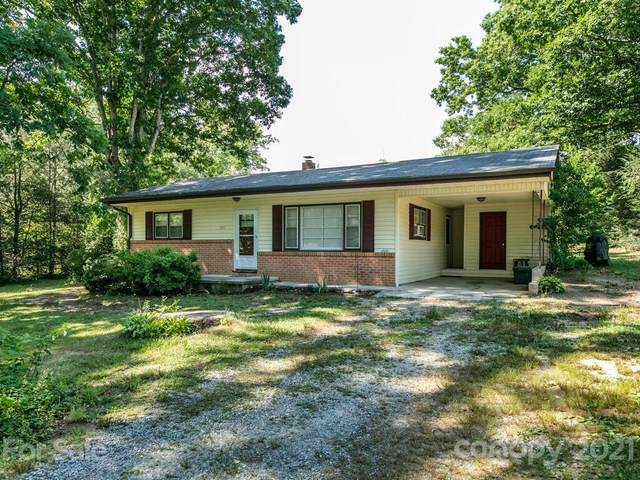 105 Barnett Street, East Flat Rock, NC 28726 (#3755045) :: Keller Williams Professionals