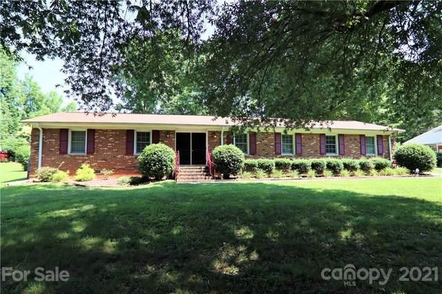 6243 Deliah Lane, Charlotte, NC 28215 (#3755489) :: MartinGroup Properties