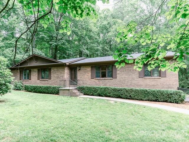 14 Surrey Run, Hendersonville, NC 28791 (#3755604) :: MartinGroup Properties