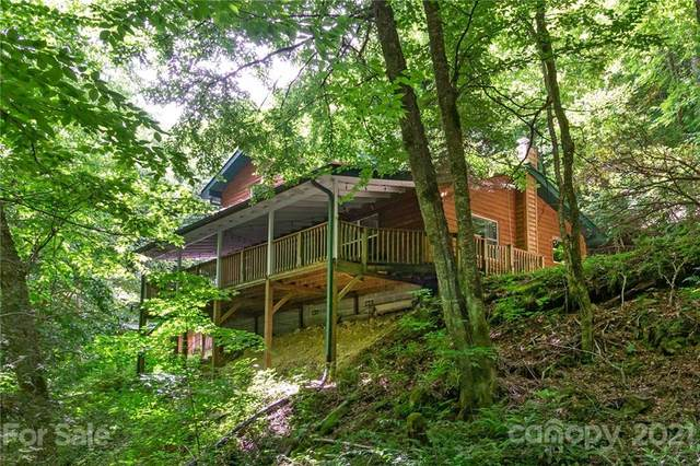 189 Wolf Laurel Drive, Maggie Valley, NC 28751 (#3755721) :: Home and Key Realty