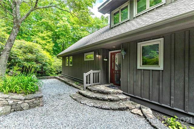 781 Chestnut Trace, Lake Toxaway, NC 28747 (#3755814) :: BluAxis Realty