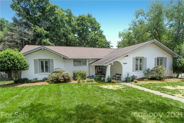 5339 Camilla Drive, Charlotte, NC 28226 (#3756619) :: LePage Johnson Realty Group, LLC
