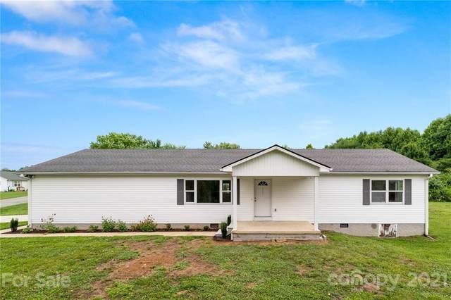 111 Kim Lane, Hendersonville, NC 28792 (#3757552) :: Carolina Real Estate Experts