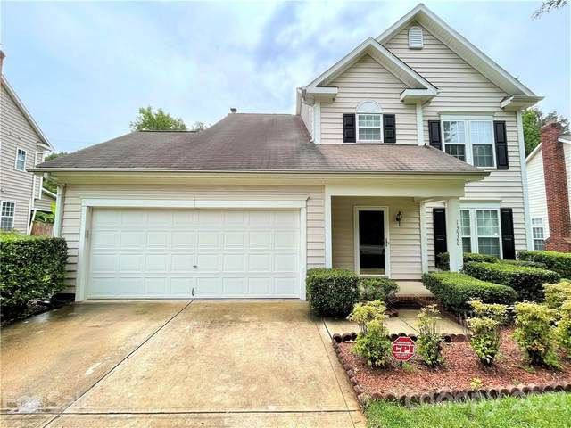 13520 Damson Drive, Huntersville, NC 28078 (#3757630) :: MartinGroup Properties