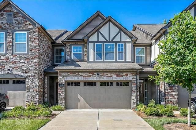 9449 Glenburn Lane, Charlotte, NC 28278 (#3758158) :: MartinGroup Properties