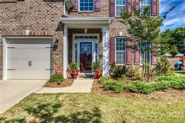323 Winton Court, Matthews, NC 28104 (#3758721) :: Carolina Real Estate Experts