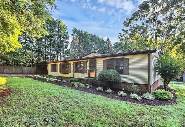 8340 Cleve Brown Road, Charlotte, NC 28269 (#3759030) :: LePage Johnson Realty Group, LLC
