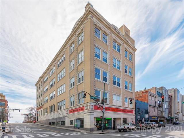 59 College Street #204, Asheville, NC 28801 (#3759980) :: Modern Mountain Real Estate