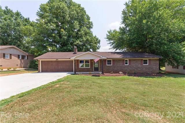 116 Regal Circle, Mooresville, NC 28117 (#3760005) :: LePage Johnson Realty Group, LLC