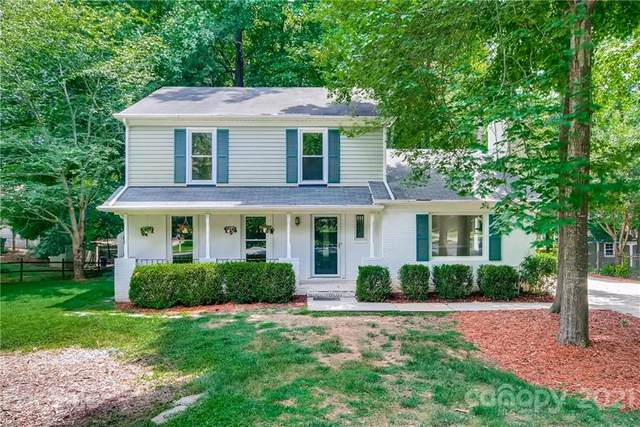 9320 Hinson Drive, Matthews, NC 28105 (#3760250) :: MartinGroup Properties