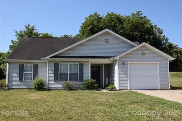 10918 Olde English Drive, Charlotte, NC 28216 (#3760487) :: Cloninger Properties