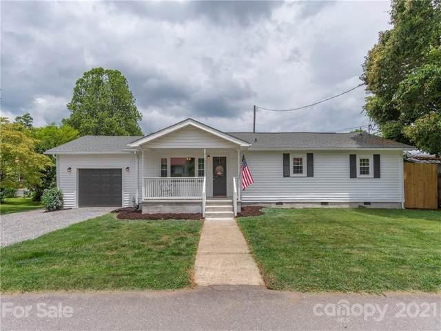 49 Warren Street, Waynesville, NC 28786 (#3760626) :: Carver Pressley, REALTORS®