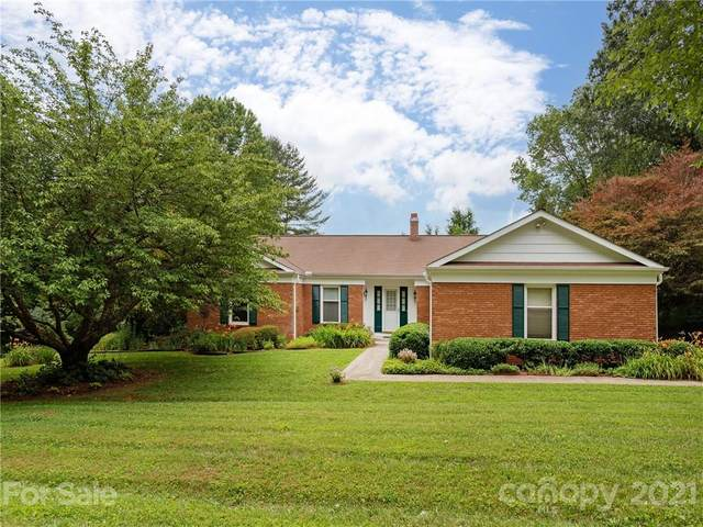 175 Crestview Drive, Hendersonville, NC 28791 (#3760816) :: LePage Johnson Realty Group, LLC