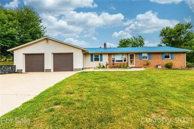 1515 Old Farm Drive, Hickory, NC 28602 (#3760887) :: Carver Pressley, REALTORS®