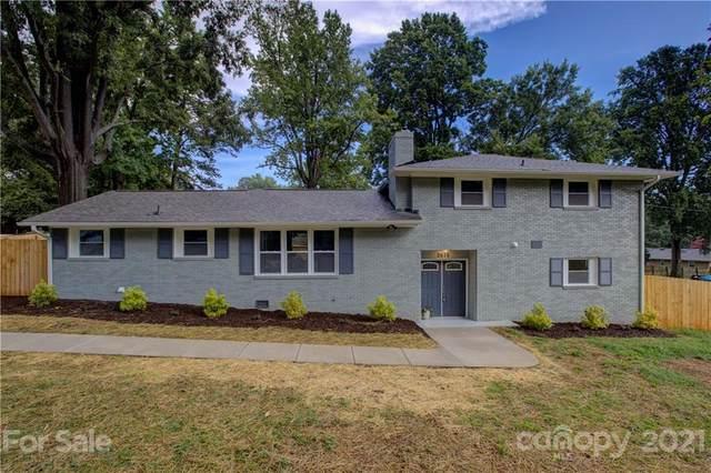 2615 Moores Park Drive, Charlotte, NC 28214 (#3761699) :: Rowena Patton's All-Star Powerhouse